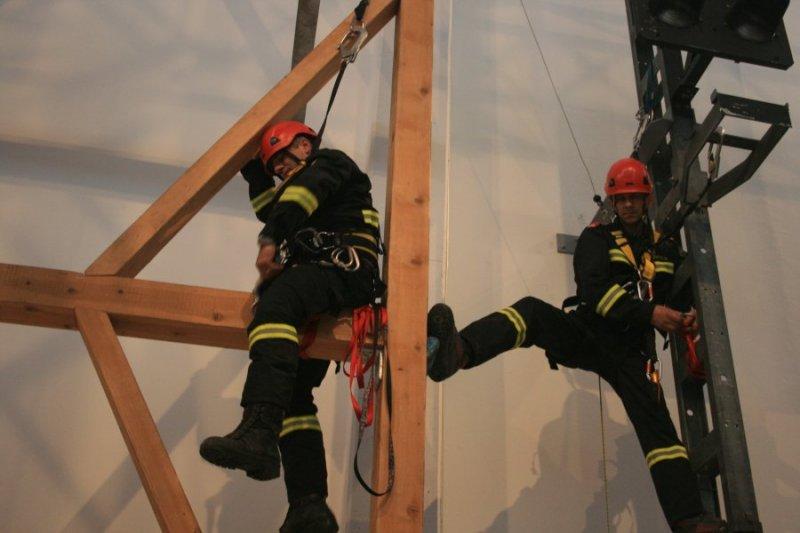 2011_12_05-hohenrettung-ubungstag-hp-09